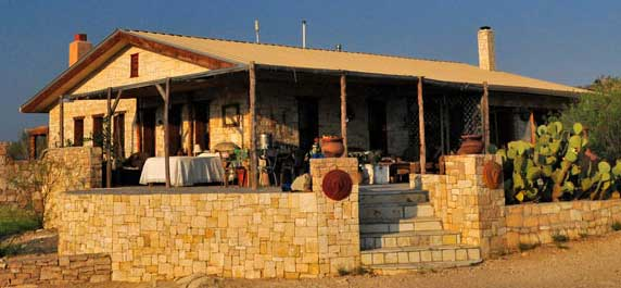 Terlingua ghostown lodging visitbigbend guides for the for Big bend motor lodge study butte tx